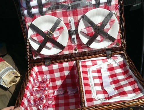 Cheapest Wicker Picnic Hamper for the summer