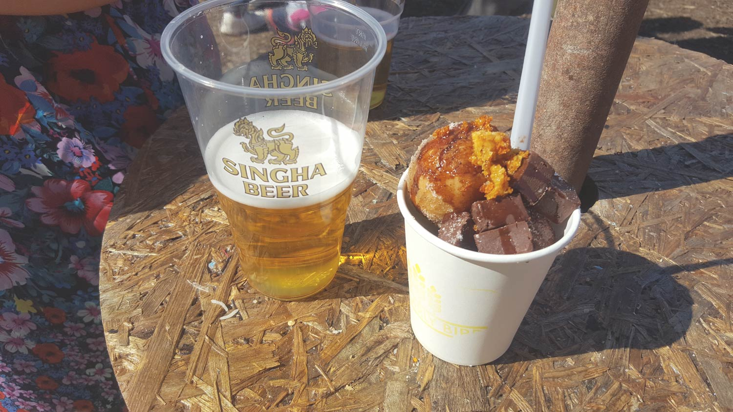 Review of the mini dough bites with chocolate sauce at Street Food Circus in Cardiff