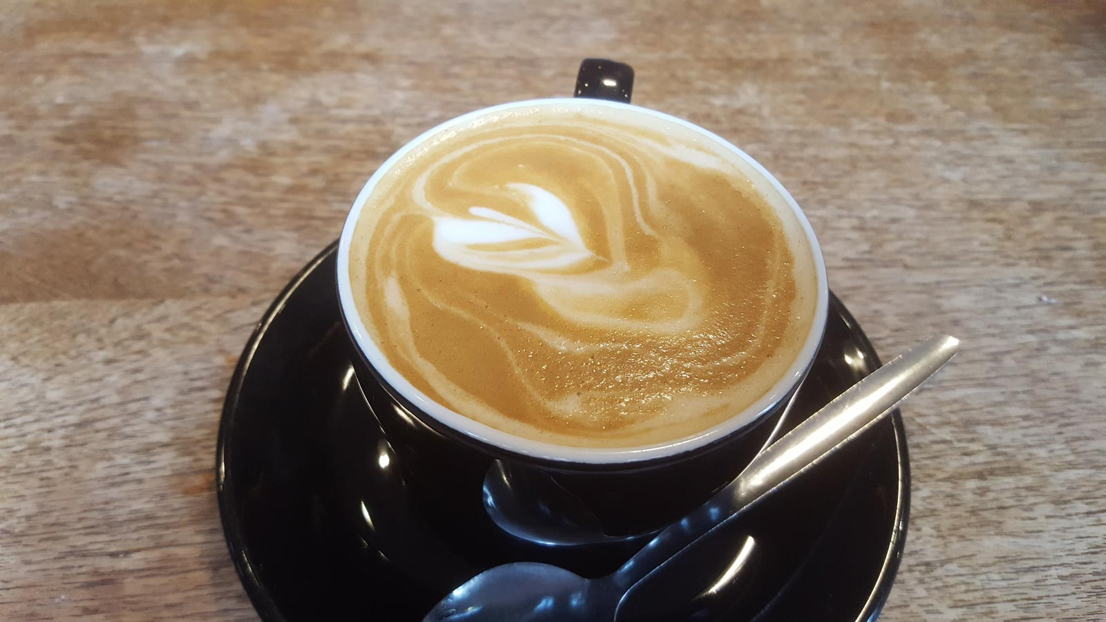 quantum-flat-white-coffee-cardiff-bay