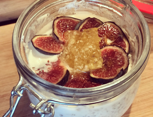 Fig, cinnamon, vanilla, chia, coconut and honey overnight oats recipe